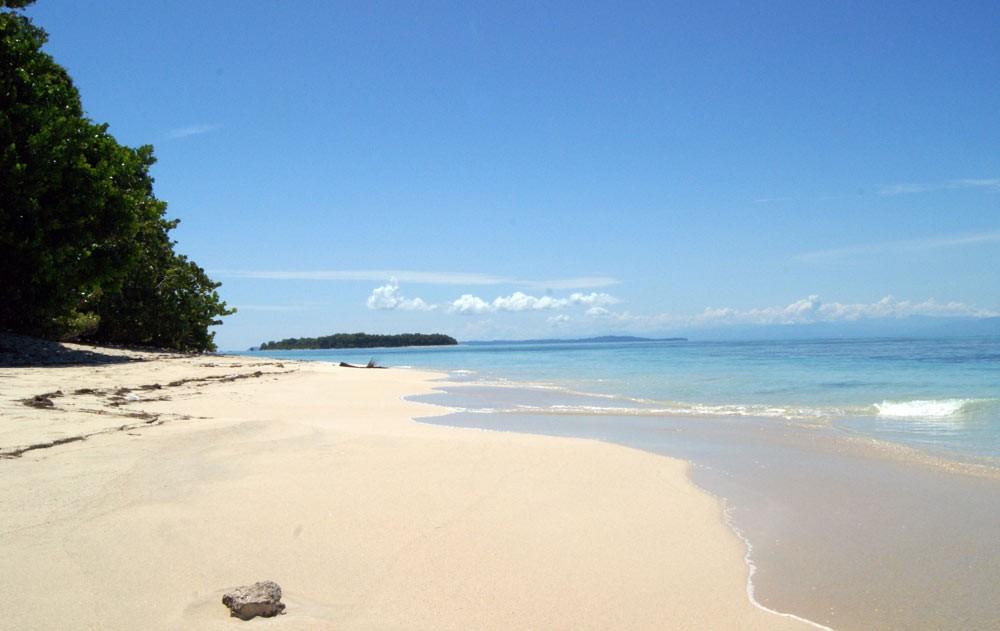 Playa Istmito bocas del toro panama