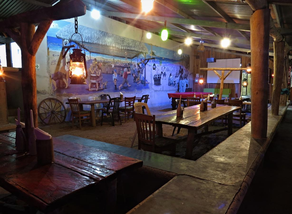 Big Creek (Skully's) Bar - Restaurante3