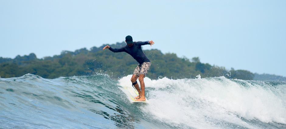 donde surfear en bocas del toro guia